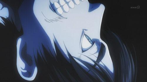 青いエレンの顔